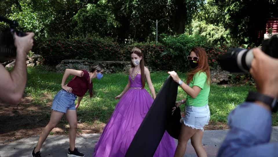 Face mask fashion: Cuban quinceaneras become chicer amid coronavirus pandemic